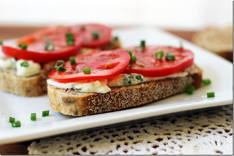 How to make sandwiches with caviar